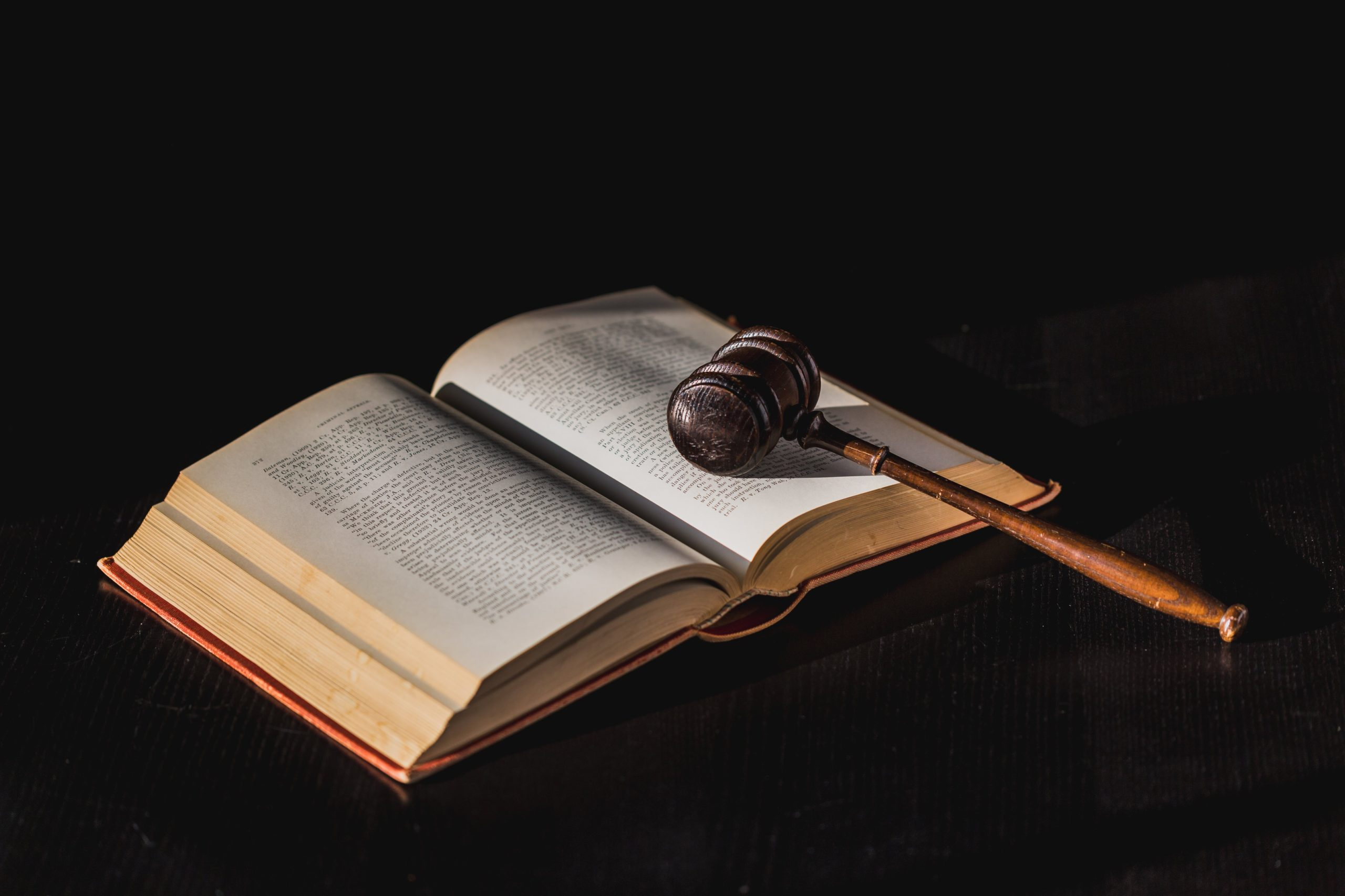 gavel-on-law-book